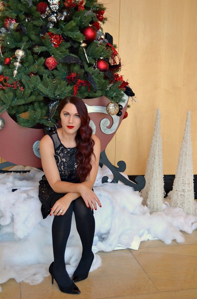 holiday look- red lips, red curly hair