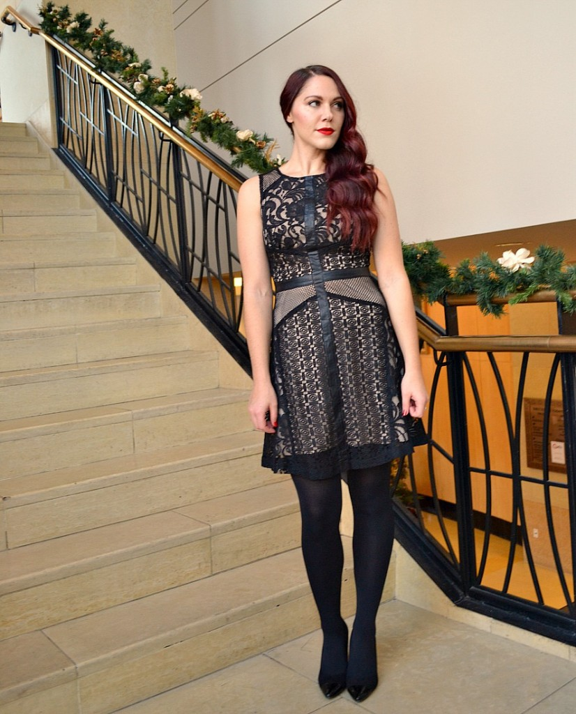 black-nude-holiday-dress-glam-look