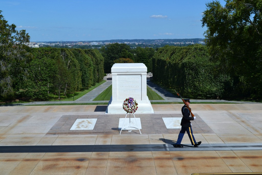 Tomb of the Unknowns in Arlington Cemetary