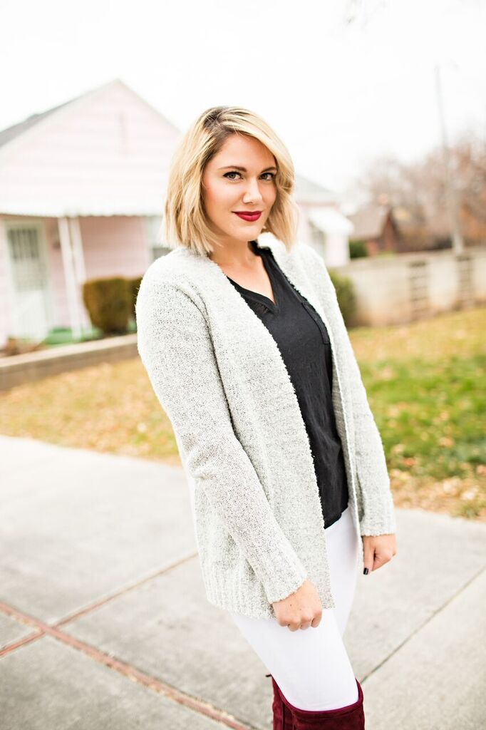 casual gray sweater // www.thefabblog.com