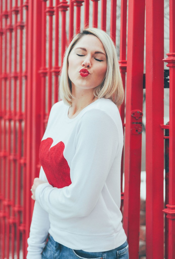 casual Valentines Day outfit // www.thefabblog.com