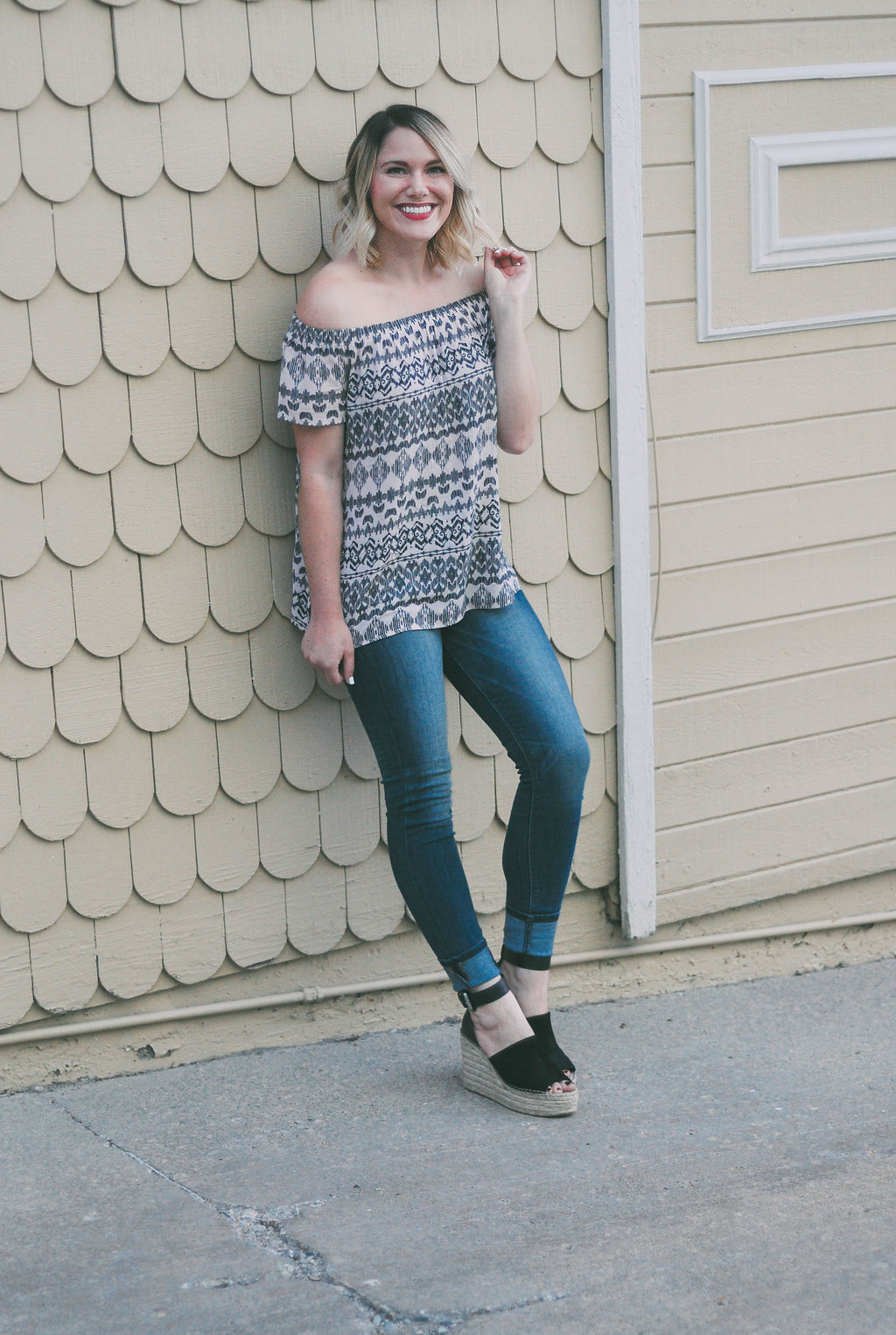 casual summer outfit // www.thefabblog.com