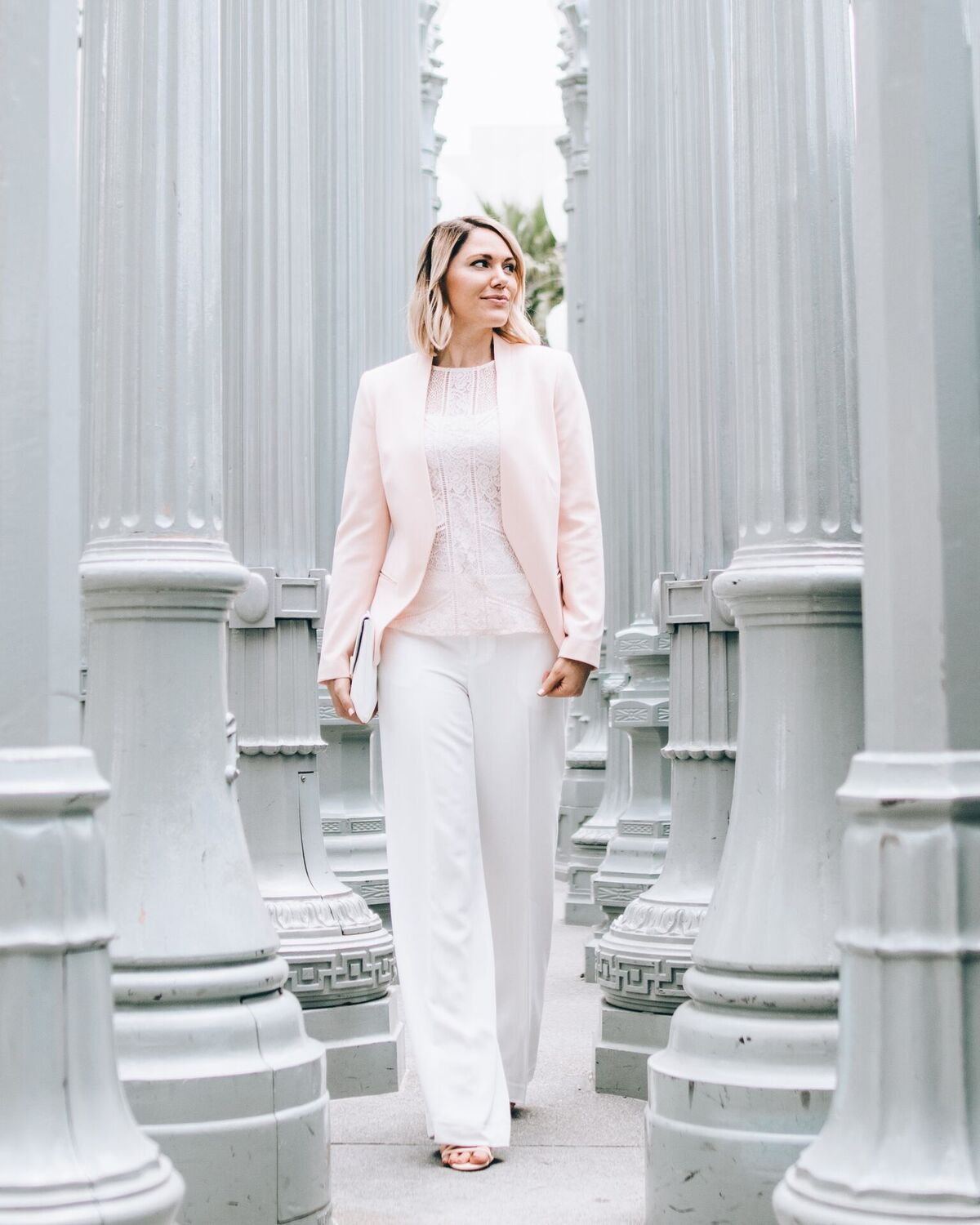 what to wear to work: blazer and wide leg trousers // www.thefabblog.com