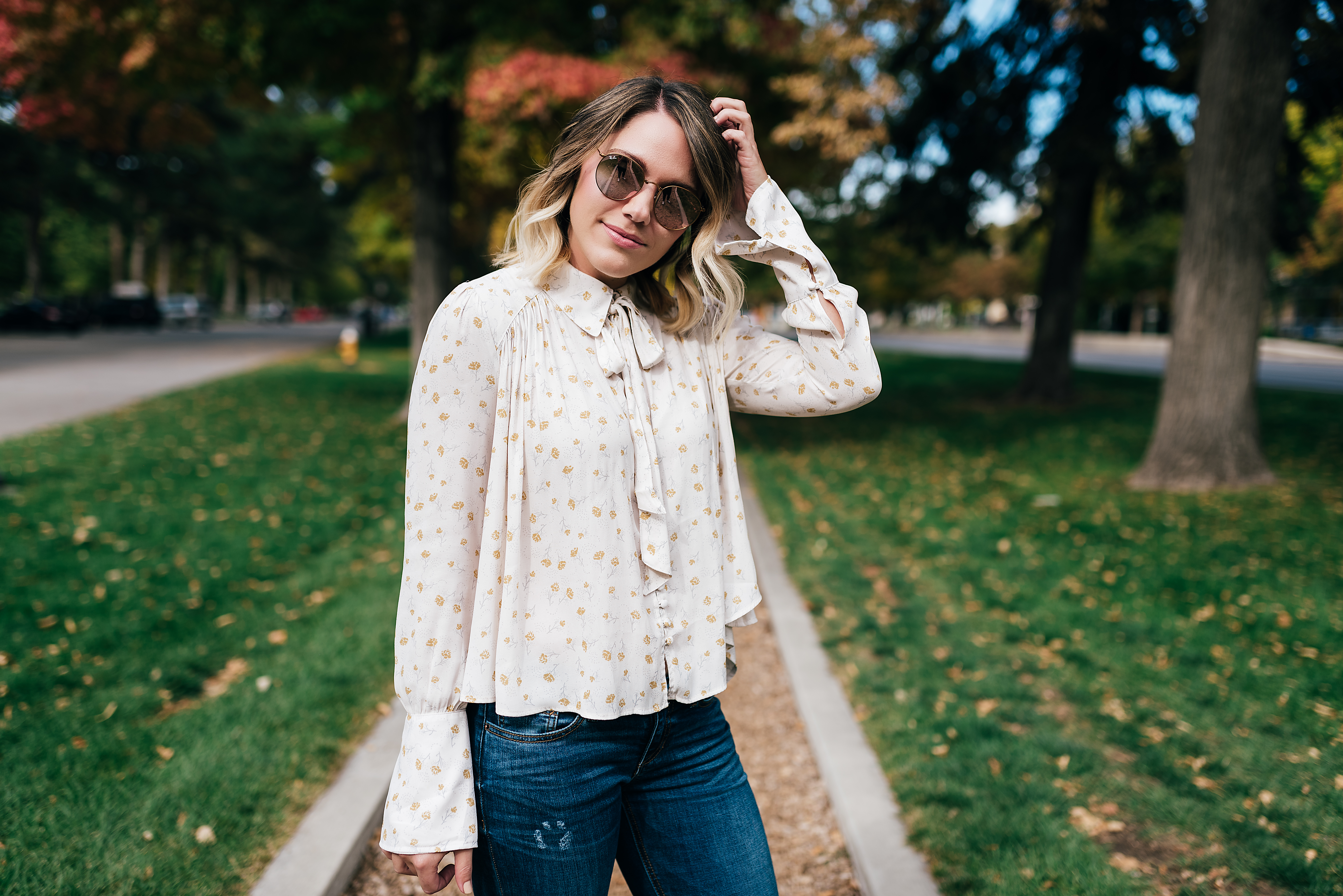 perfect blouse for fall // www.thefabblog.com