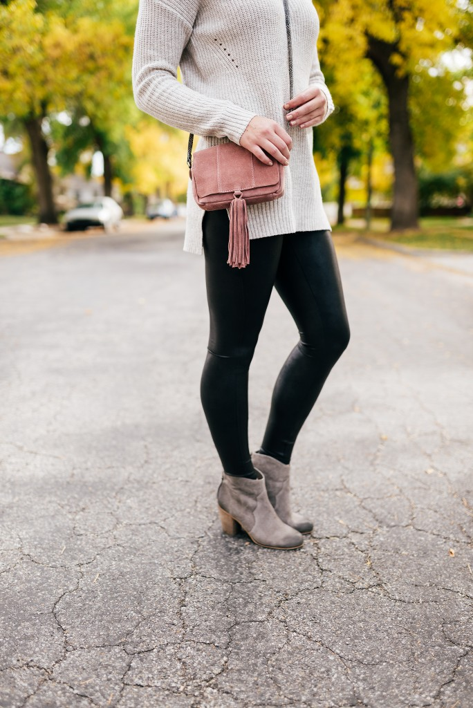 the best leggings and fall booties // www.thefabblog.com