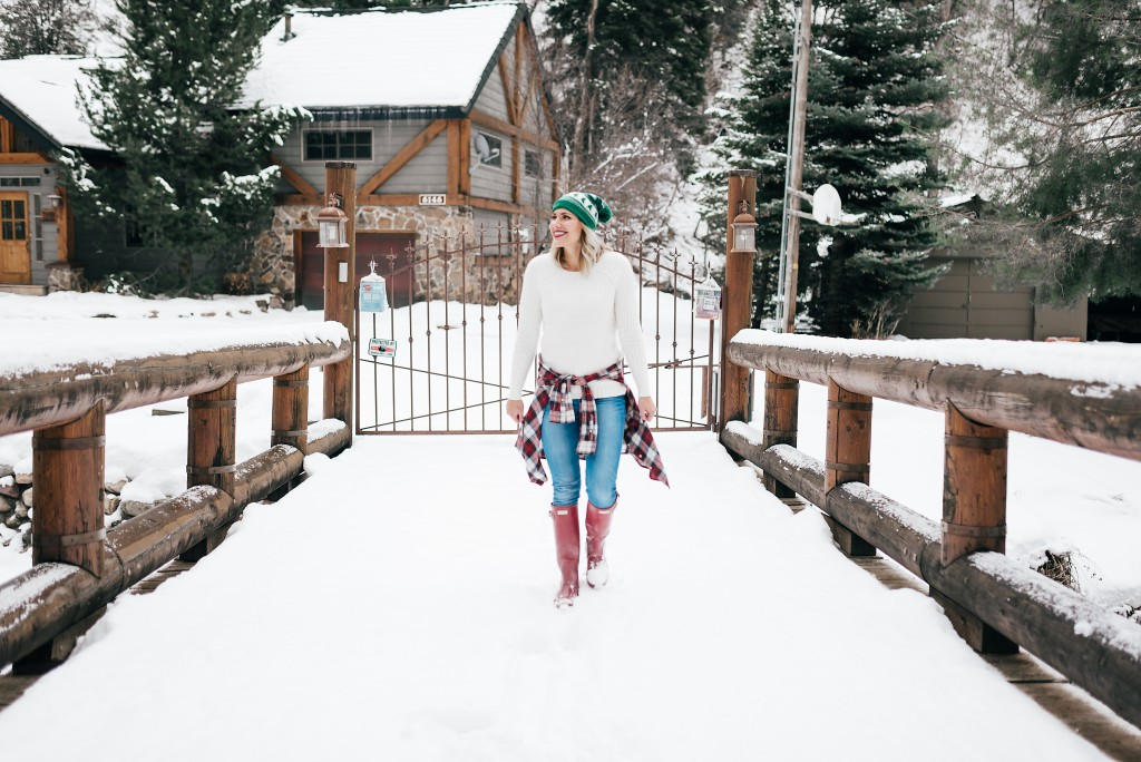 cozy winter outfit with hunter boots // www.thefabblog.com