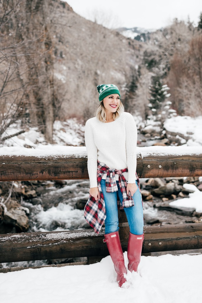 casual winter outfit with hunter boots // www.thefabblog.com