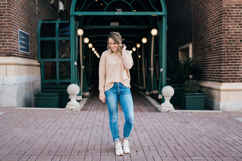 neutral sweater, jeans & sneakers // www.thefabblog.com
