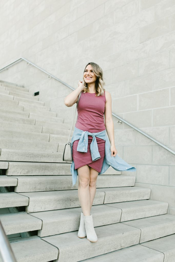 casual ruched dress // www.thefabblog.com