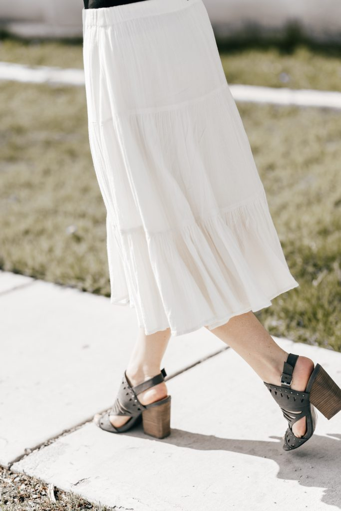 white skirt and sandals // www.thefabblog.com