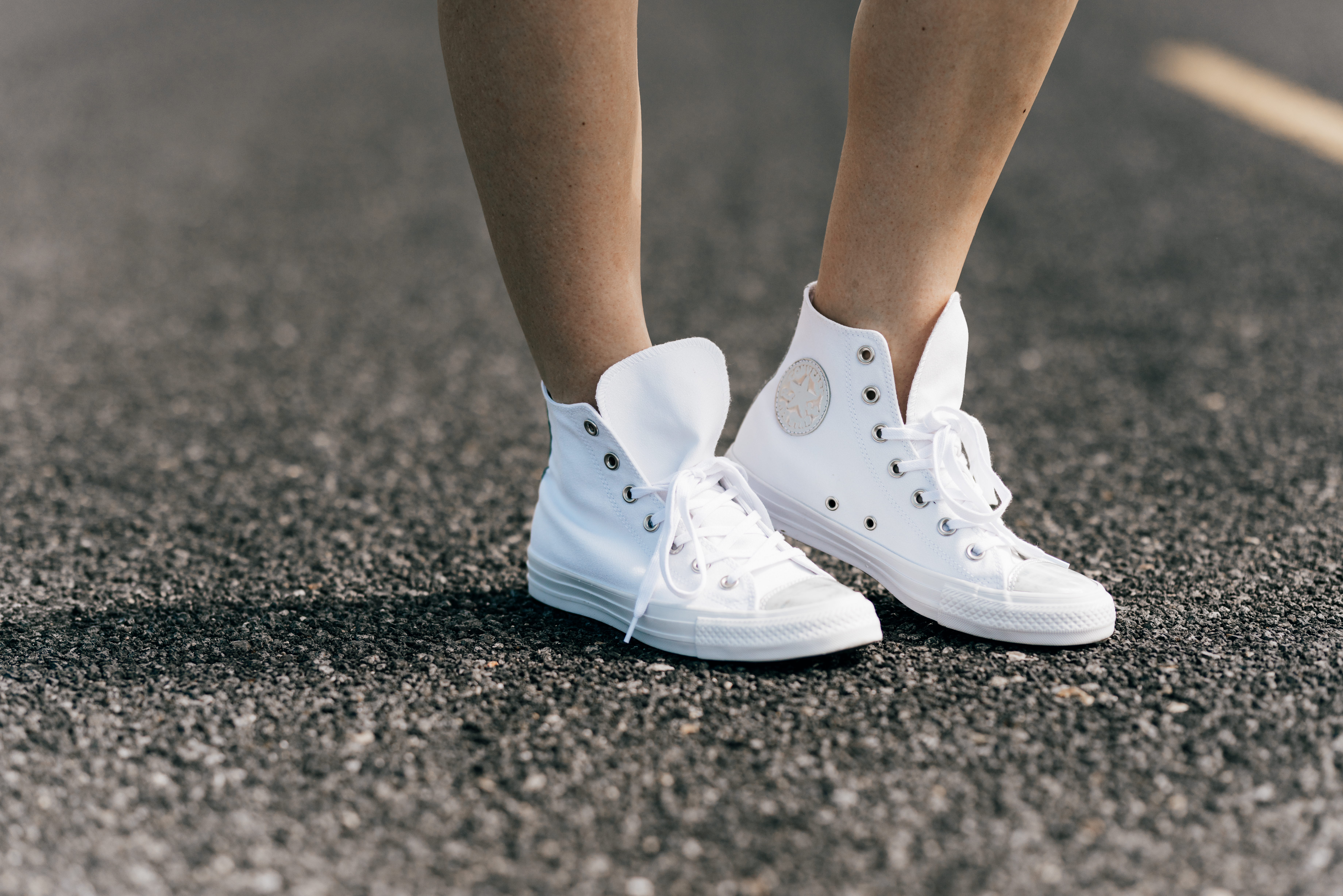 converse sneakers // www.thefabblog.com