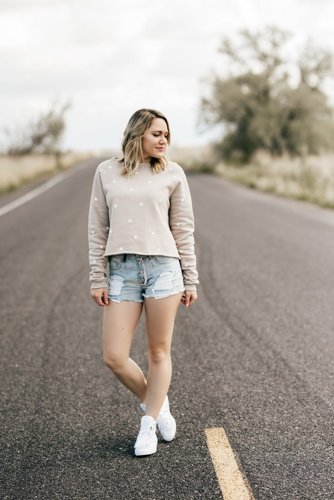 wildfox star sweatshirt & cut-off shorts // www.thefabblog.com